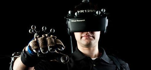VR技术用梦想照进现实 未来投资前景不可估量