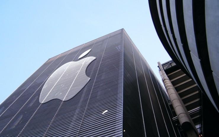 夏普总裁暗示 iPhone 或将采用 OLED 屏幕