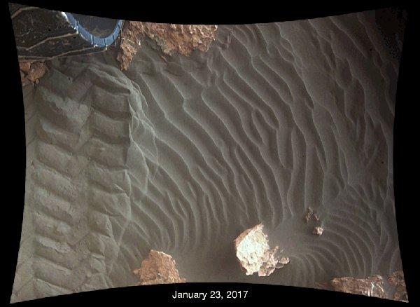 """来看看""""好奇号""""捕捉到的火星沙子移动画面"""