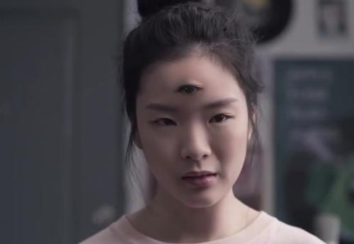 新年第一支泰国广告!如果我是个怪物,你还会爱我吗?|有毒